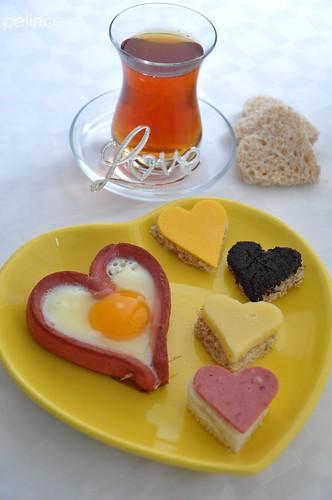 Sevgiliye Kahvaltı :)