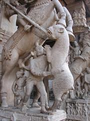 Hunting on a stone pillar (chatts) Tags: history architecture temple ancient vishnu hindu srirangam dravidian ranganathaswamy