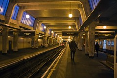 Uxbridge Station, UB8 (Tetramesh) Tags: uk greatbritain england london station underground unitedkingdom britain tube londres londonunderground londra metropolitanline londen piccadillyline uxbridgestation londinium uxbridge lontoo llondon tfl londyn llundain londn  londona londain londono londonas tetramesh londrez walklondon  loundres londr lndra