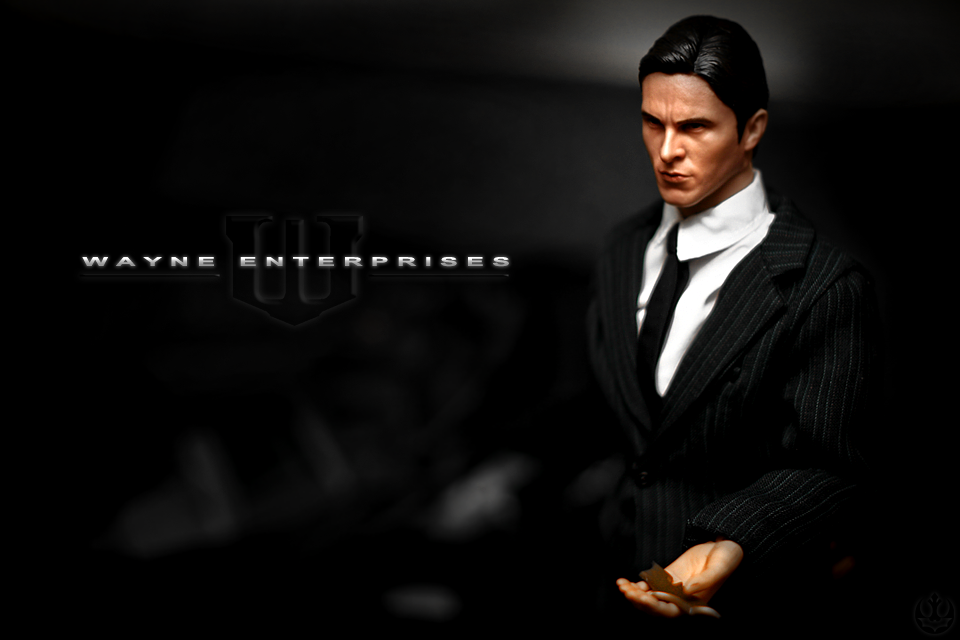 Custom Hot Toys 1:6 Bruce Wayne