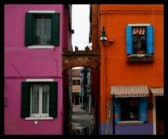 Quale scegliere? (fransisinthesky) Tags: venice water colors island rosa acqua venezia colori burano arancione isola