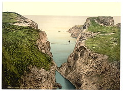 [Rope Bridge, Carrick-a-Rede. County Antrim, Ireland] (LOC) (The Library of Congress) Tags: bridge ireland sea water coast coastline libraryofcongress geography geology countyantrim antrim carrickarede geomorphology ropebridge xmlns:dc=httppurlorgdcelements11 seenonflickr dc:identifier=httphdllocgovlocpnpppmsc09832