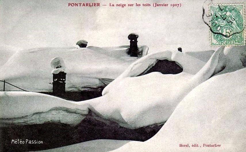 toits de Pontarlier sous la neige fin janvier 1907