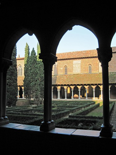 A medieval cloister in Toulouse, where Audrey lives (Photo by nz_willowherb on flickr used under a Creative Commons license)