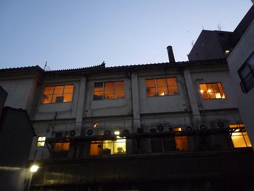歌舞伎座 裏窓003