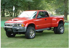 1996 Chevrolet S-10 ZR2 Dually (blazerpics) Tags: chevrolet 1996 chevy s10 dually zr2