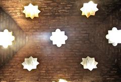 Los baos de la casa de Angel Barrios (Micheo) Tags: roof light luz stars ceiling paseo baths alhambra granada arabe estrellas techo baos  micheo