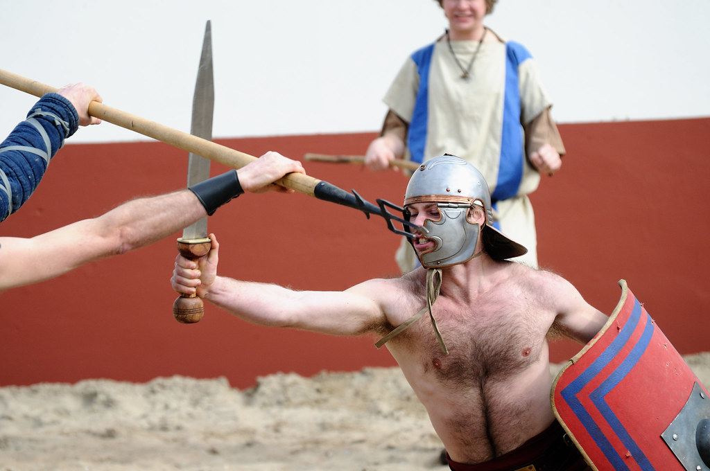 roman gladiator research paper I've done a lot of roman gladiator research paper research about methods of fighting, who they were, the origins of the fights, etc the life of a gladiator could be.