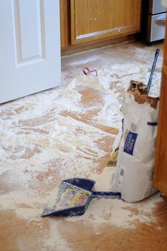 flour mess2