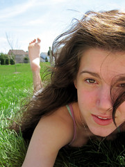 (tara_tearex) Tags: sun girl grass spring bright happiness browneyes canonsd780