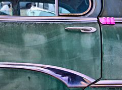 Peeps locked out (Maureen Bond) Tags: ca pink green classic window car handle design rust curves faded chrome weathered junkyard peeps crusty marshmellows maureenbond