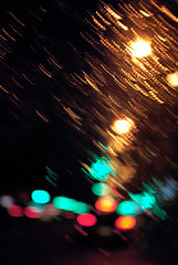 (Honey Bfly) Tags: car rain night lights luces noche lluvia bokeh coche nikond60