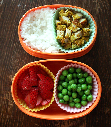 Toddler Bento #10: April 14, 2010