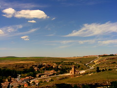 Una vista de una pelicula (Aleksejs Medvedevs (Alex)) Tags: clouds spain segovia nuves