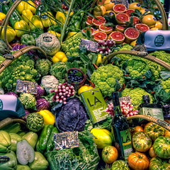 Fruits and Vegetables  Frutas y Hortalizas, Madrid, HDR (marcp_dmoz) Tags: madrid chile espaa stilllife fruits vegetables photoshop tomato stillleben spain nikon chili map broccoli fruta aceite pear cauliflower grapefruit aubergine oliveoil nikkor 1735mmf28d frucht oliva tone tomate hdr artichoke spanien gemse bodegon birne kohl pomelo frchte pera berenjena brocoli coliflor hortalizas verdura alcachofa olivenl brokkoli romanescu blumenkohl photomatix artischocke tonemapped tonemapping productrange d700 frutasvazquez fruitattraction