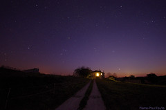 Home under the stars (Pierre-Paul Feyte) Tags: sky home stars twilight ciel crpuscule toiles gascony gers