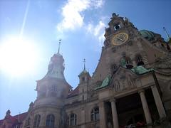 Rathaus Hannover (With Glory) (OliverDsW) Tags: old sun building glory hannover rathaus sonne wolfsburg rathaushannover oliverschugk oliverdominicschugk oliverdsw
