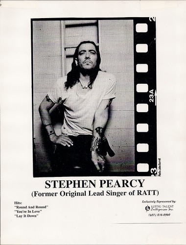 05/07/03 Stephen Pearcy @ Minneapolis, MN (8X10)