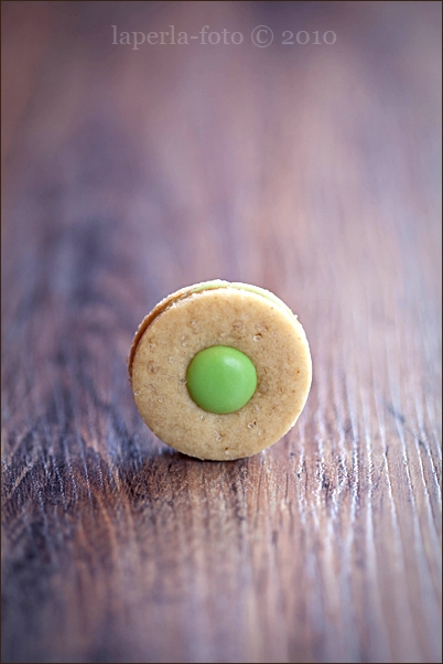 Ginger cookies & Matcha chocolate1