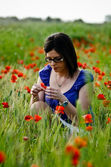 Poppies (*LazzarPhoto*) Tags: portrait canon poppies fiori ritratto elisa papaveri elisabetta eos400d
