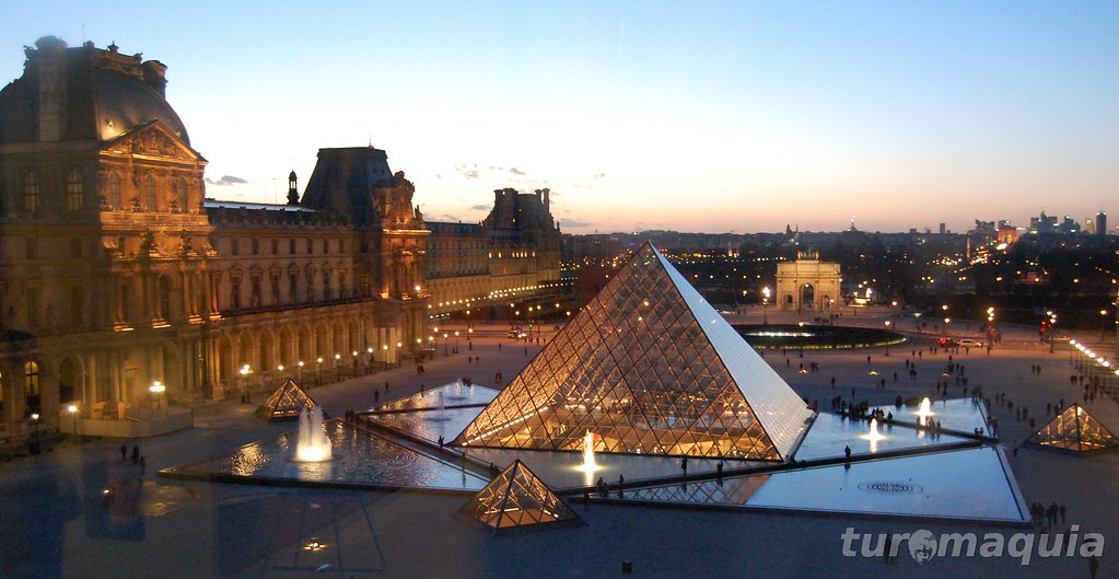 Museu do Louvre