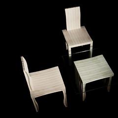 artek_10unit_table-chaise-banc_visu03 (bbdme) Tags: chaise artek shigeruban tablebasse plastiquerecyclé profilé styledesign objetdéco écoconception décorationinterieur plateauenverre mobilierécologique bancdesign designetécologie 10unitsystem matériauinnovant écodesignartek chaisemodulaireartek chaisedesignrecyclé matériauxupmrecyclé meublescontemporainsrecyclés