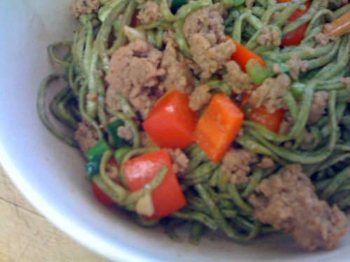 Fresh Spinach noodle stir fry with red peppers and seasoned ground turkey (1)