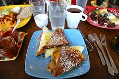 monte cristo sandwich (sevenworlds16) Tags: trip breakfast oregon portland french cafe toast sandwich eggs ladybug organic monte cristo 2010