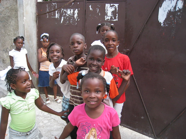 Haitan kids standing in line