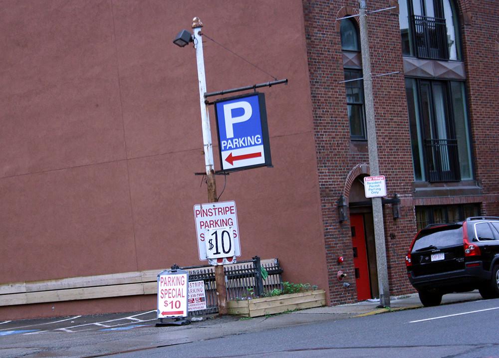 $10 parking