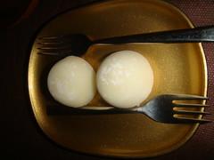 Muchi o Bolas de arroz con helado de vainilla