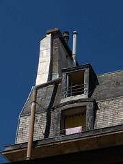 paris_94 (Torben*) Tags: roof paris france geotagged lumix frankreich panasonic dach fz50 ruedemontmorency rawtherapee geo:lat=4886274 geo:lon=2356947