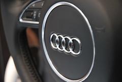 Salon de l'auto 2010 - Logo Audi (JDutheil-Photography) Tags: paris logo de nikon versailles salon porte nikkor grip audi motorshow 2010 mondial 1870 d60 sigle lauto lautomobile phottix