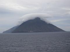 1010_Kreuzfahrt_A 211 (weisserstier) Tags: insel isle vulcano stromboli vulkan
