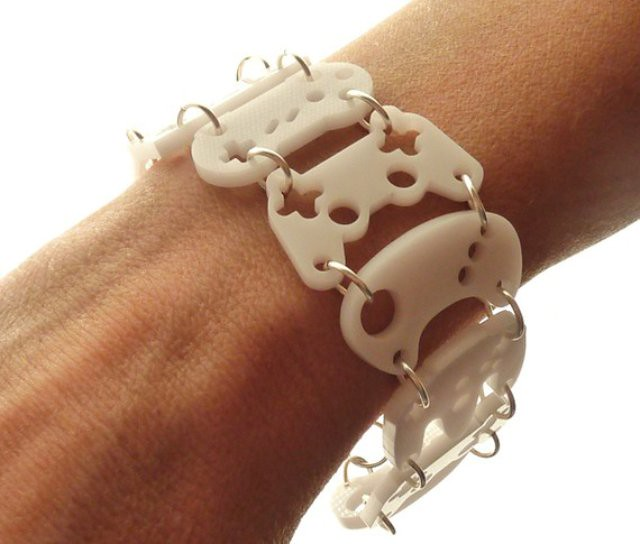 video-game-bracelet