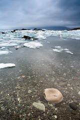 arrastrada por el hielo (d.bejarano) Tags: iceland islandia minolta sony hielo a900 dbejarano davidbejarano