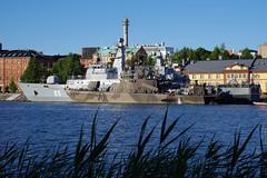 NAVY visiting Vaasa (STTH64) Tags: boat vessel navy military harbour vaasa finland suomi100 water sea seaside