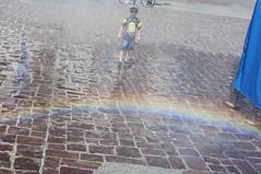 Observando el arcoiris (Guillermo Relaño) Tags: arcoiris cracovia krakow poland polonia polska guillermorelaño nikon d90 malyrinek