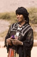 Femme de l'Ar. Niger (courregesg) Tags: africa woman sahara girl niger desert femme traditional sable westafrica anthropologie tribe ethnic touareg afrique sahel tribu nomade tenere ethnographie