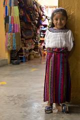 pequeña sonrisa (janchan) Tags: portrait colors smile kids children maya market retrato guatemala traditional niños colores mercado sorriso sonrisa ritratto antiguaguatemala