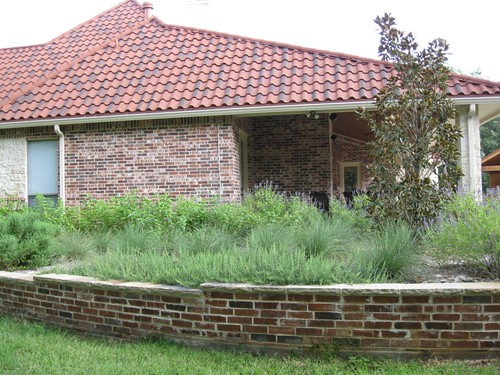 Retaining wall landscape architect