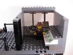 Bricknave's Jungle Command Base and Museum pic