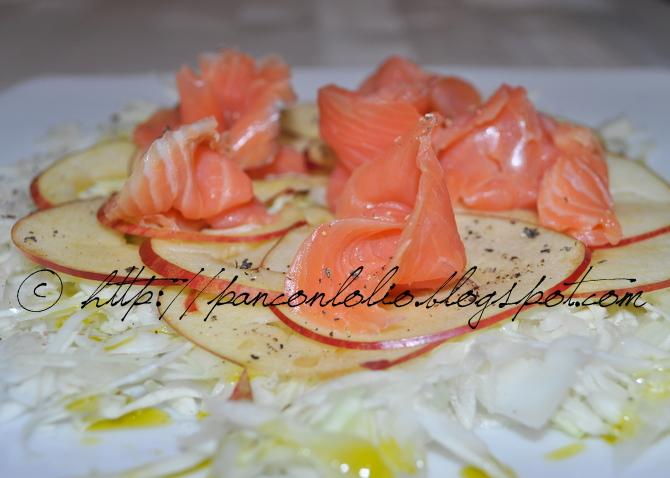 insalta con cavolo mela e salmone