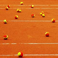 Fim de jogo (Jakza) Tags: tênis quadra bola jogo esporte abstrato geométrico frenteafrente duetos gamewinner monthly beanstalk climboff