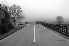 In the middle of the road (bm^) Tags: road blackandwhite bw white black fog nikon belgium zwartwit belgi most westvlaanderen zwart wit weg diksmuide d90 esen blackwhitephotos mywinners westernflanders nikond90bw mygearandmegold