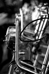 Noleggiami... (Maiutto Flavio) Tags: barcelona bw bike bicycle bcn bicicleta di flavio bici riflessi barcellona rambla bolle passeggio sapone pavimento biciclette contrasto suolo flikrcom bicing maiutto changeyourliferideabike
