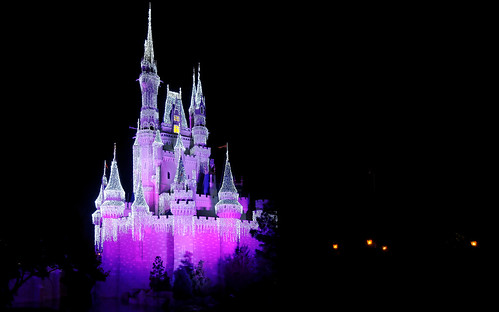 magic kingdom castle christmas. Magic Kingdom Cinderella#39;s Castle at Christmas. with pink lighting
