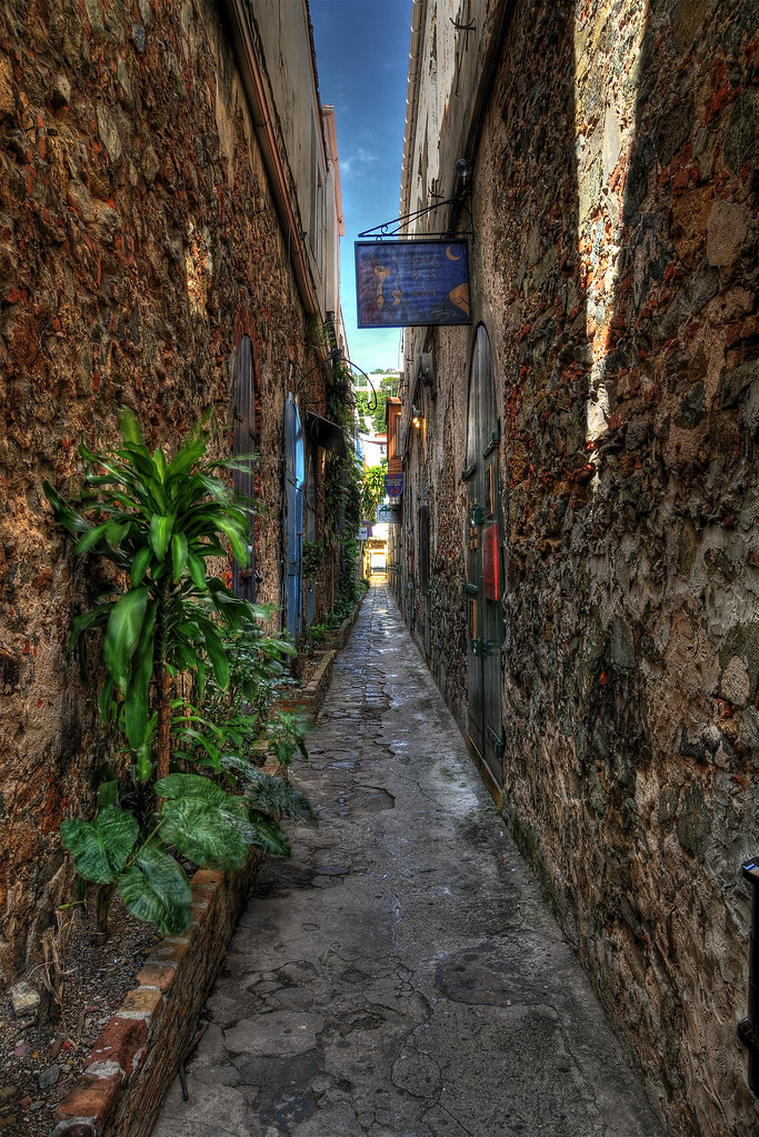 Alleyway in Charlotte Amalie