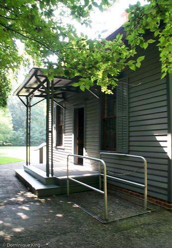 Lawnfield Garfield Home-34