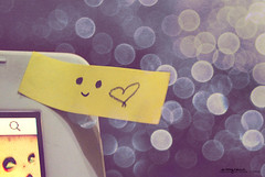 Day 113: Smile, love (Cerisse ) Tags: white smile yellow nikon heart bokeh violet postit conceptual lightblue d60 project365